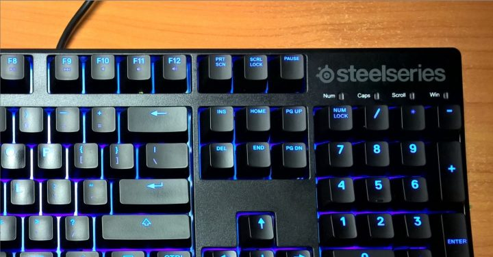 steelseries_apex_m500_5