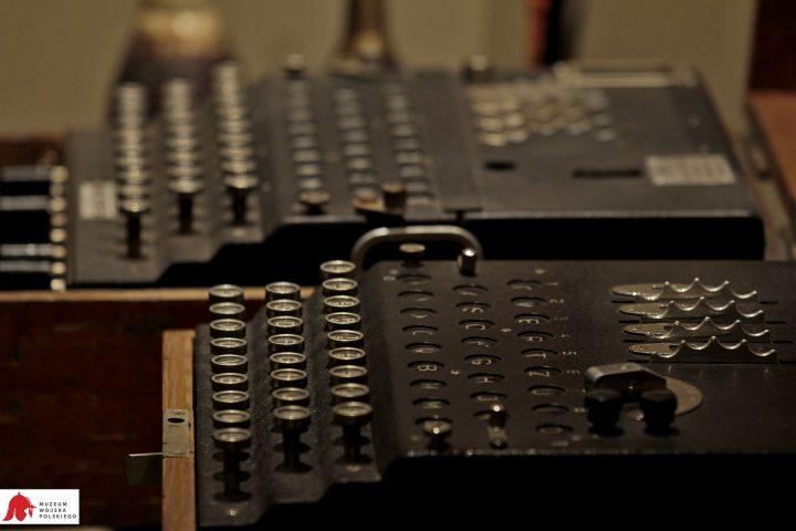 Egzemplarze Enigmy w Muzeum Wojska Polskiego