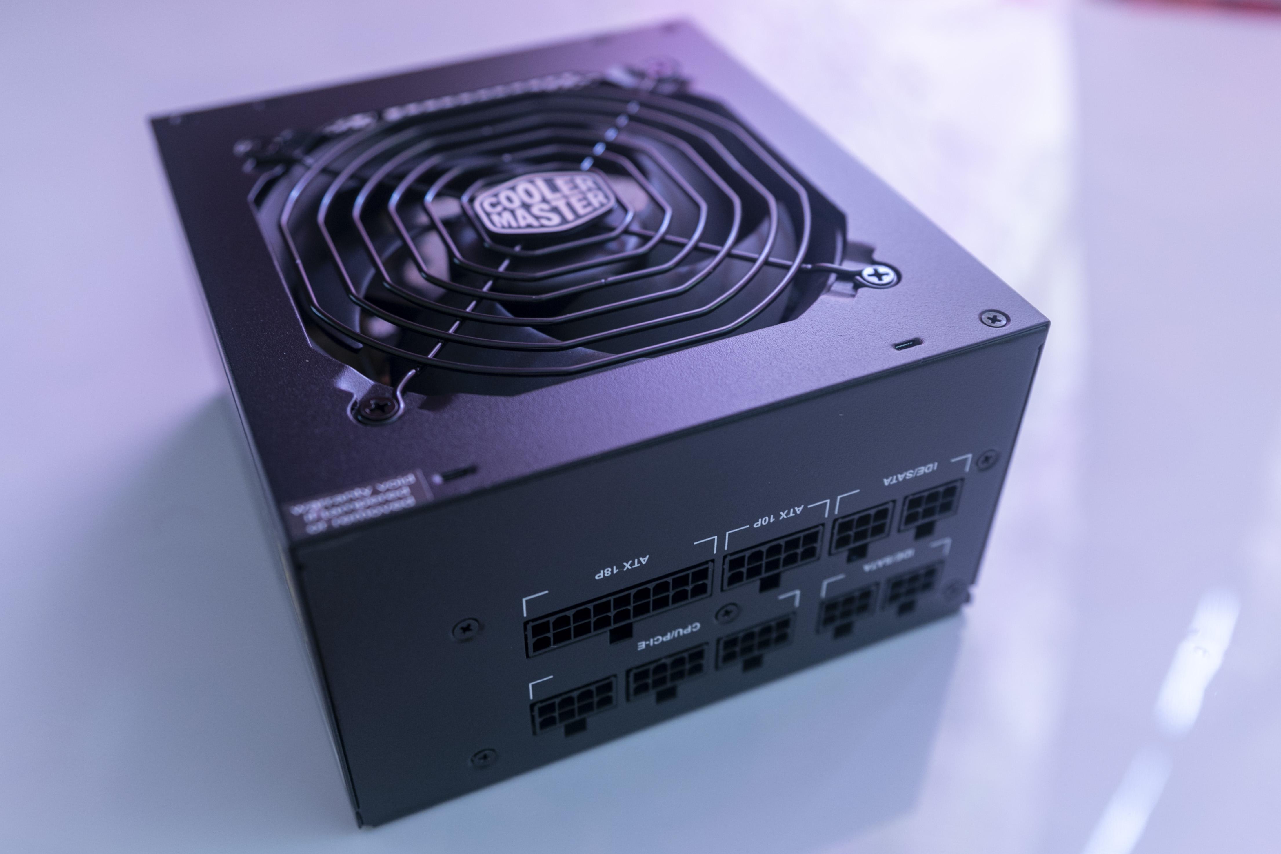 test -Cooler-Master-MWE-Gold-750